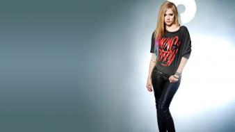 Avril lavigne celebrity singers canadian leather pants wallpaper