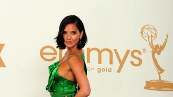 Olivia munn green dress Wallpaper