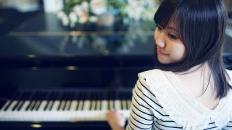 Women piano asians wallpaper