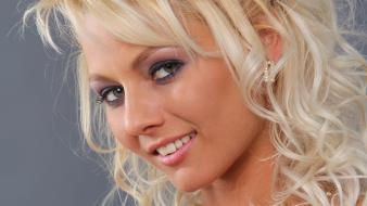 Blondes women close-up eyes faces annely gerritsen wallpaper