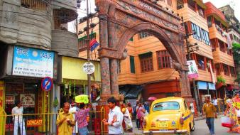 Streets cars people buildings taxi cities india wallpaper