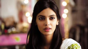 Cocktail indian diana penty wallpaper