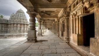 Landscapes temple corridor india wallpaper
