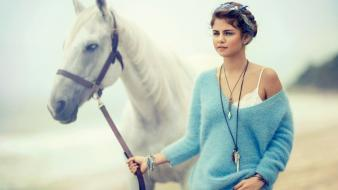 Selena gomez fashion horses september teen vogue scans wallpaper