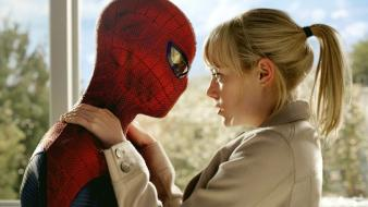Emma stone gwen stacy the amazing spider-man wallpaper