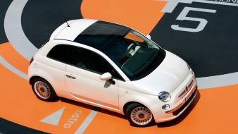 Fiat 500 White Top wallpaper