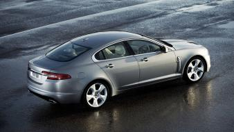 Jaguar Xf Silver wallpaper