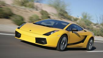 Lamborghini Gallardo Speeding wallpaper