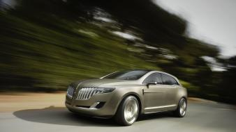 Lincoln Mkt Speeding wallpaper