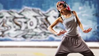 Graffiti dance girl sunglasses dancers dancing sweatpants wallpaper
