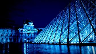 Paris louvre museum pyramid Wallpaper