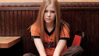 Avril lavigne celebrity singers sitting canadian frown wallpaper