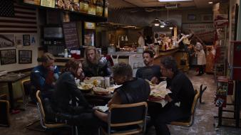 Hemsworth jeremy renner mark ruffalo (movie) shawarma wallpaper