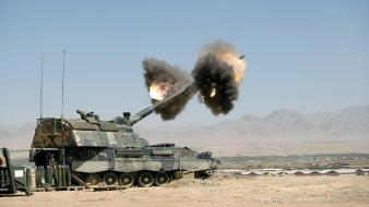 Tanks artillery rocket launcher pzh-2000 missle pzh2000 Wallpaper