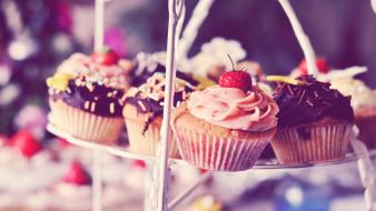 Chocolate food cupcakes strawberries wallpaper