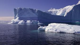 Landscapes icebergs wallpaper