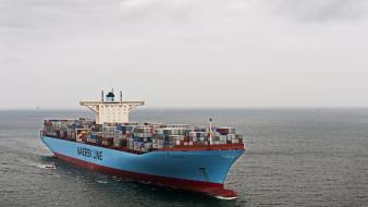 Maersk line cargo ship Wallpaper