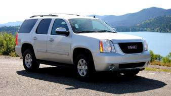 Gmc yukon Wallpaper
