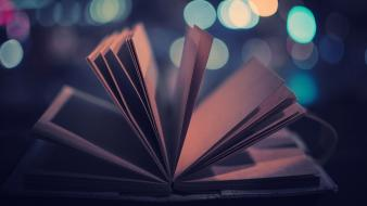 Night lights wind books bokeh pages wallpaper