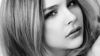 Actress grayscale chloe moretz faces wallpaper