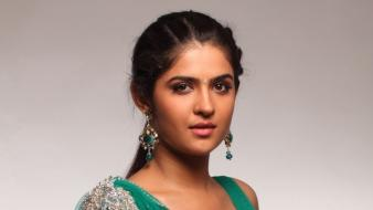 Actress wanted deeksha seth tamil Wallpaper