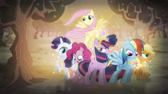 Guard my little pony: friendship is magic wallpaper