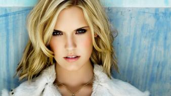 Blondes actress brown eyes maggie grace Wallpaper