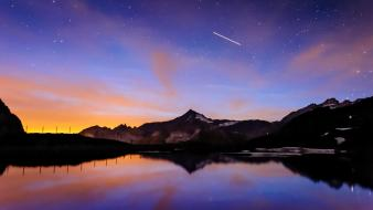 Light mountains night multicolor lakes wallpaper