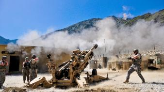 Military canon howitzer wallpaper