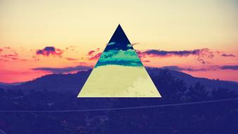 Sunset science mountains color spectrum triangles wallpaper