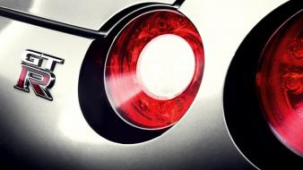 Close-up cars nissan gtr r35 gt-r taillights logo wallpaper