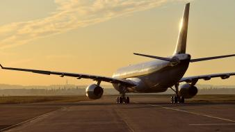 Sunset aircraft aviation airbus a330 airfield Wallpaper