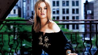 Alicia Silverstone City wallpaper