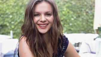 Amber Tamblyn Smile wallpaper