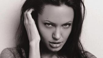 Angelina Jolie Grayscale wallpaper