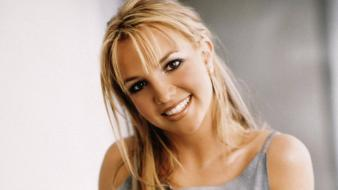 Britney Spears Smile wallpaper