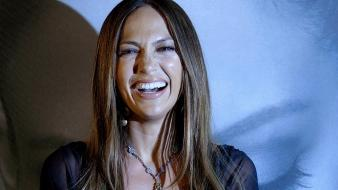 Jennifer Lopez Laugh wallpaper