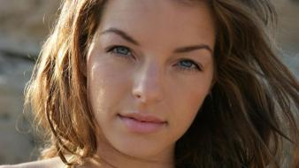 Yvonne Catterfeld Face Wallpaper
