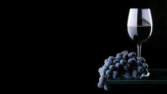 Fruits food grapes wine black background Wallpaper