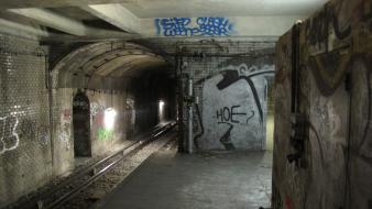 Paris graffiti urban metro subway abandoned wallpaper