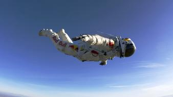 Skydiving felix baumgartner red bull stratos wallpaper