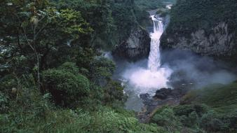 Falls amazon ecuador rafael san Wallpaper
