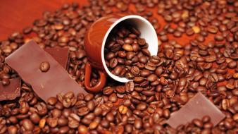 Coffee beans cups wallpaper