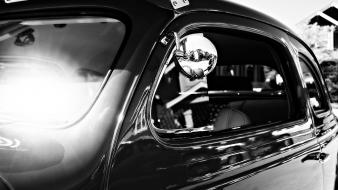 Black and white old classic cars Wallpaper