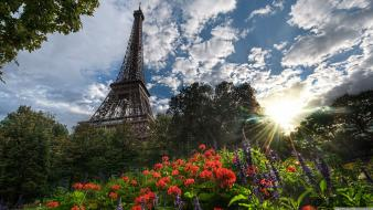 Eiffel tower parks view wallpaper