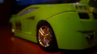 Green happy cars toys (children) Wallpaper