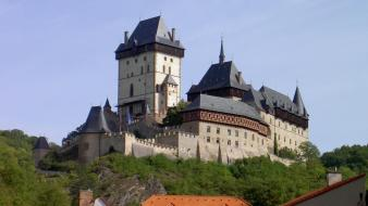 Trees architecture czech republic medieval karlstejn castle wallpaper