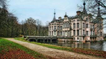 Buildings mansion lakes palace chateau wallpaper
