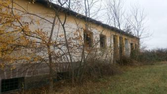 Old school serbia village abandoned Wallpaper