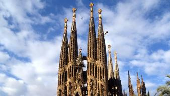 Barcelona spain cathedral sagrada familia wallpaper